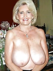 Old cougar showing off her titties