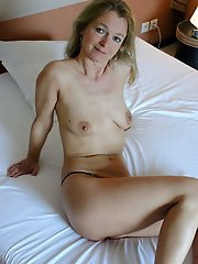 German mature granny posing undressed