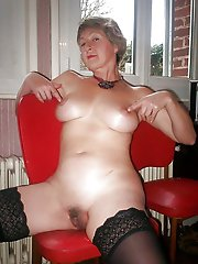 Astonishing mature women getting nude on picture