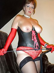 Glamorous mature gilf playing with her titties