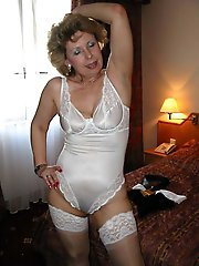 Awesome mature lass showing her hot body