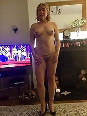 Classy mature prostitute get ready for sex