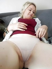 Voluptuous older cougars get ready for fuck