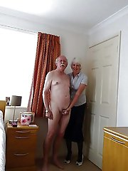 Astonishing aged lass exposing her hot body on pics