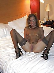 Concupiscent mature cougar spreading her pussy