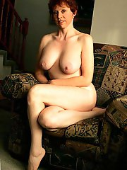 Mature female baring it all on cam